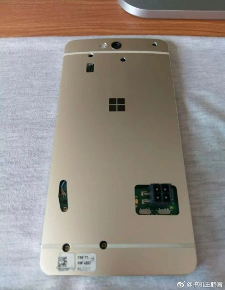 Leak : More pictures of the cancelled Lumia 960!